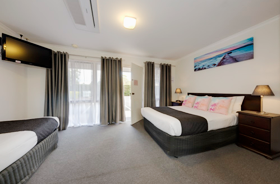 Standard Double & Single Suite at Frankston Motel